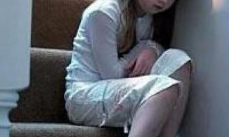 Дівчинці боляче писати: причини і лікування