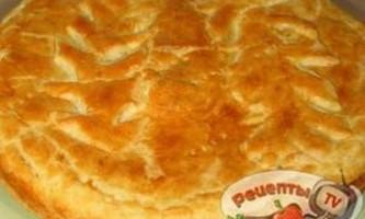 Хрусткий томатний пиріг з сиром - рецепти
