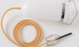 Клізма для очищення кишечника в домашніх умовах