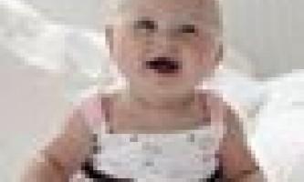 Рідкий стілець у новонародженого: чи потрібно турбуватися?