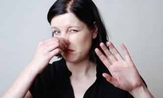 Неприємний запах з носа у дитини