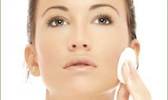 Очищаючі засоби для шкіри обличчя